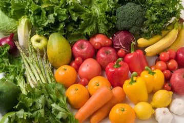 十分な野菜や果物を摂取する事で口腔がんや食道がん、胃がんなどの消化器系のがん予防になる。