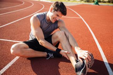 カリウムが不足すると、筋肉へ影響があらわれます。 例えば、不整脈(心臓=筋肉の塊)や手足のけいれんなどです。