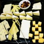 ブドウ糖の代謝促進などの効果があるリジンを多く含むチーズ