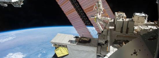 国際宇宙ステーション「きぼう」実験棟でミドリムシの実験